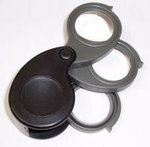 Three 5X Lenses Triple Hand Loupe Magnifier, 30mm Diam. Plastic Frame.