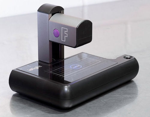 Portable Fluorescence Digital Microscope with WiFi, UK designed and made - ioLight